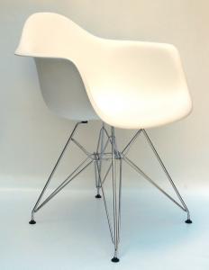 Krzesło plastikowe Dar Eames